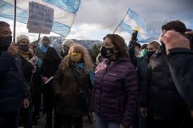 Seguridad denunció a los organizadores de una marcha en Mascardi contra la  toma de tierras | La Voz